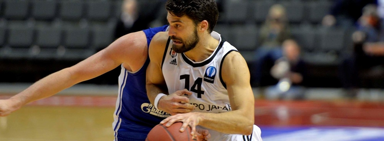 ALBA Berlin adds guard Atsur