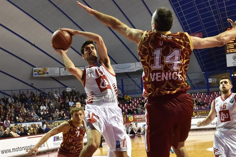 Joan Satre - CAI Zaragoza - EC15 (photo Reyer Venice)
