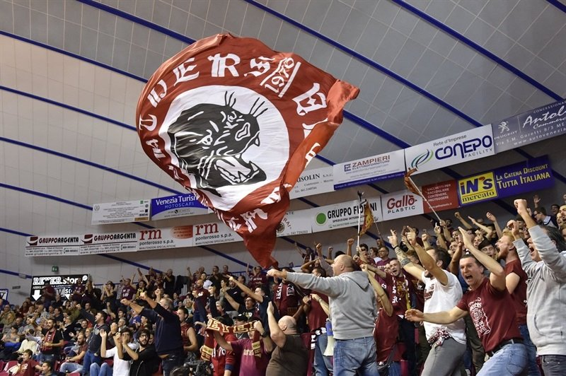 Fans - Umana Reyer Venice - EC15 (photo Reyer Venice)