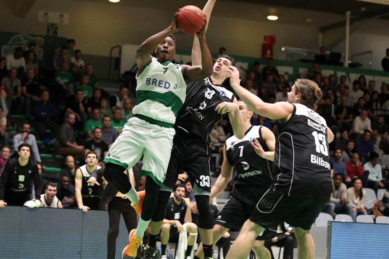 Tasmin Mitchell - JSF Nanterre - EC15 (photo Bilbao Basket)