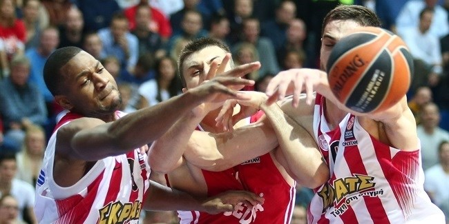 RS Round 6 report: Hunter leads injury-plagued Olympiacos to road win