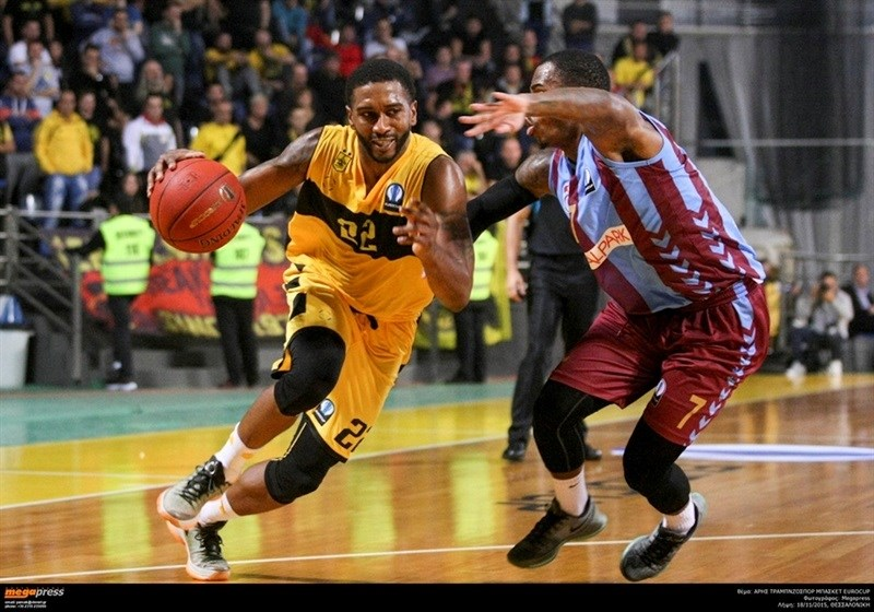 Jerel McNeal - Aris Thessaloniki - EC15 (photo AEK - megapress)