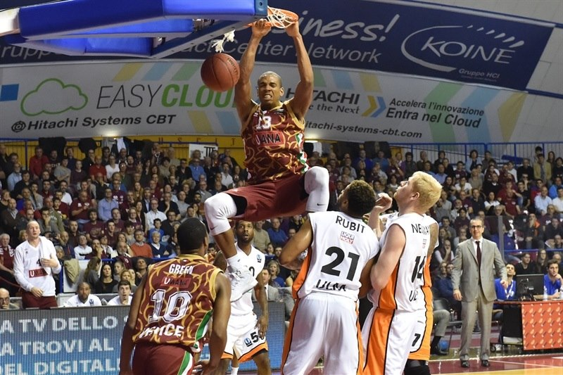 Josh Owens - Umana Reyer Venice - EC15 (photo Reyer Venice)