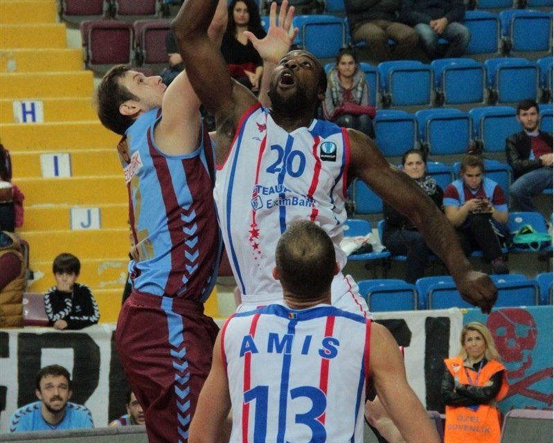 Chris Cooper - Steaua CSM Eximbank - EC15 (photo Trabzonspor)