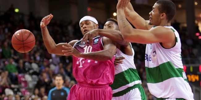Regular Season, Round 10: Telekom Baskets Bonn vs. JSF Nanterre