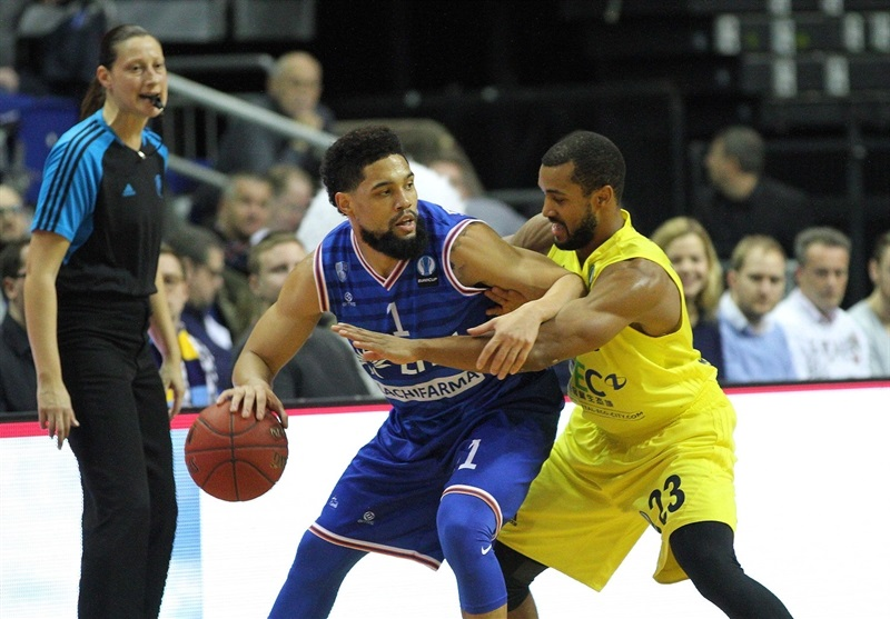 Adrian Banks - Enel Basket Brindisi - EC15 (photo ALBA Berlin - Camera4)