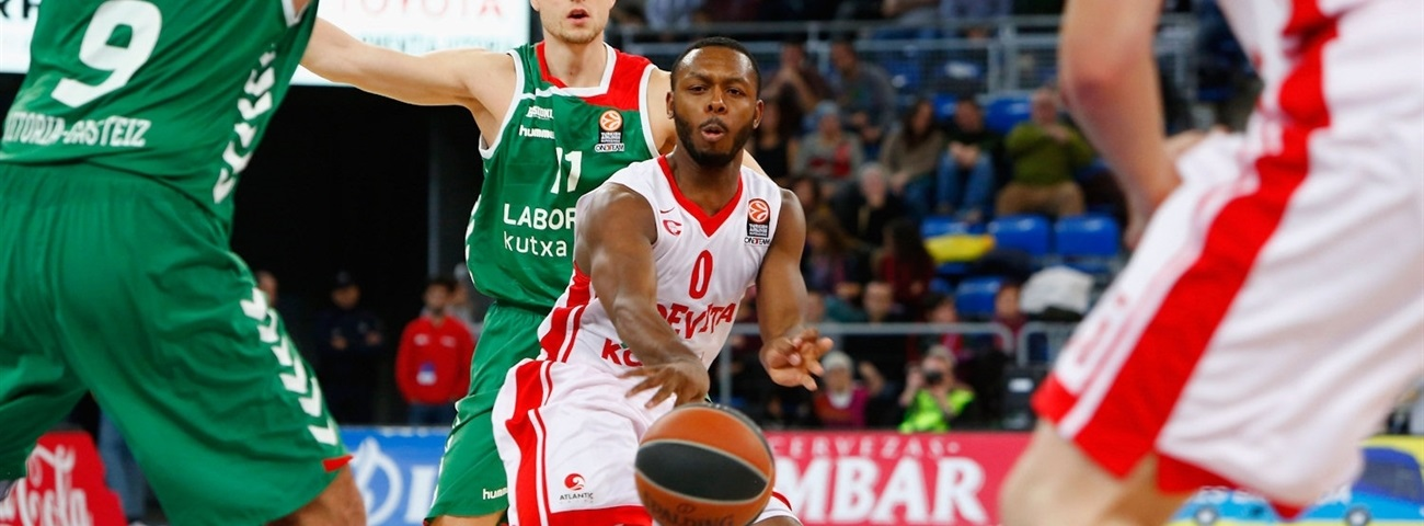 Khimki and Pullen to stay together this season