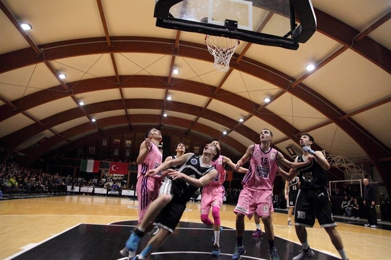 Players U18 Stellazzurra Basketball Academy Rome and U18 Mega Leks Belgrade - JT15 (photo Lello Vitale)