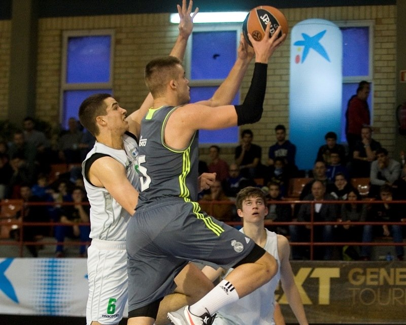 Dino Radoncic - U18 FC Real Madrid - JT15 (photo Paco Largo)