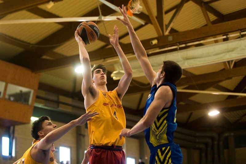 Eric Martinez - U18 FC Barcelona Lassa - JT15 (photo Paco Largo)