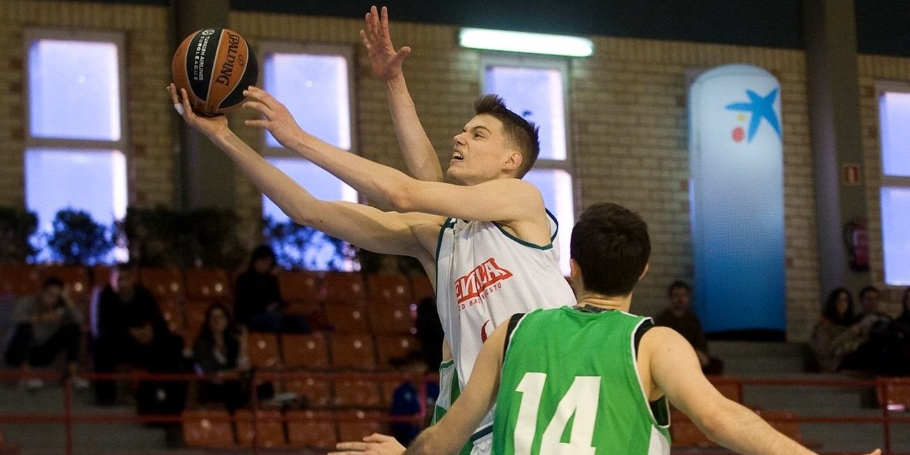 Leo Cizmic - U18 Baloncesto Seville - JT15 (photo Paco Largo)