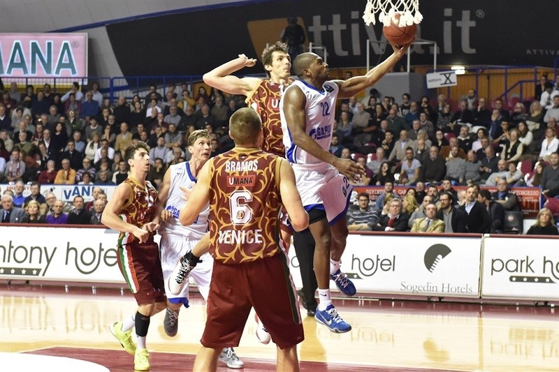 Zabian Dowdell - Zenit St. Petersburg - EC15 (photo Reyer Venice)