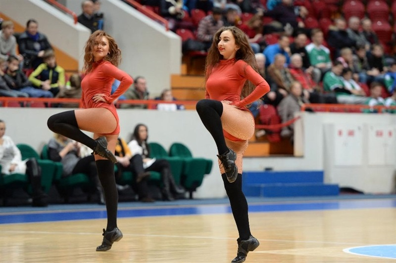 Cheerleaders - Unics Kazan - EC15 (photo Unics)