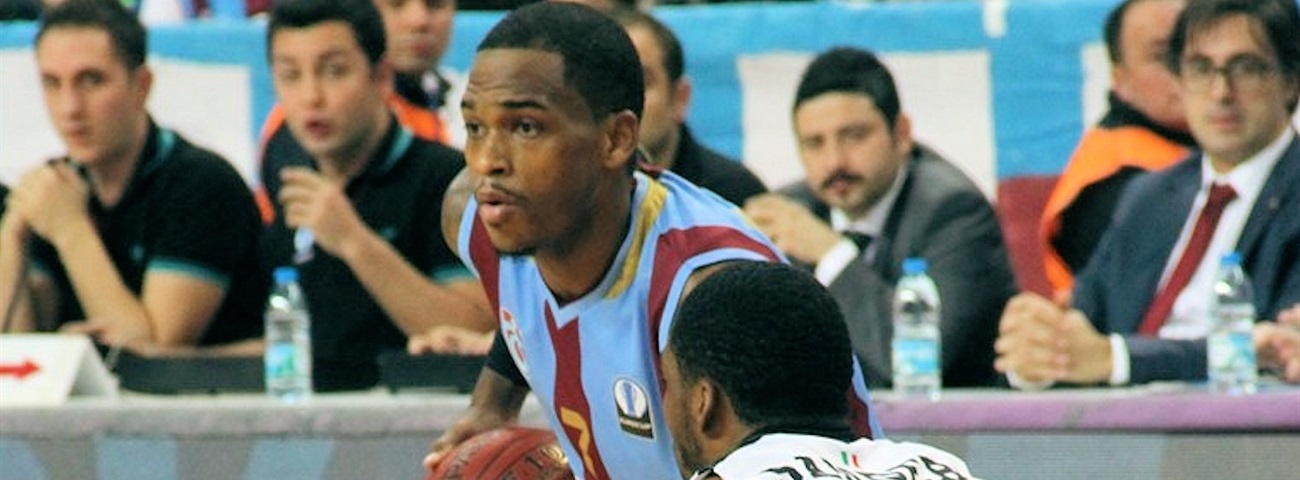 Galatasaray adds shooting guard Hardy