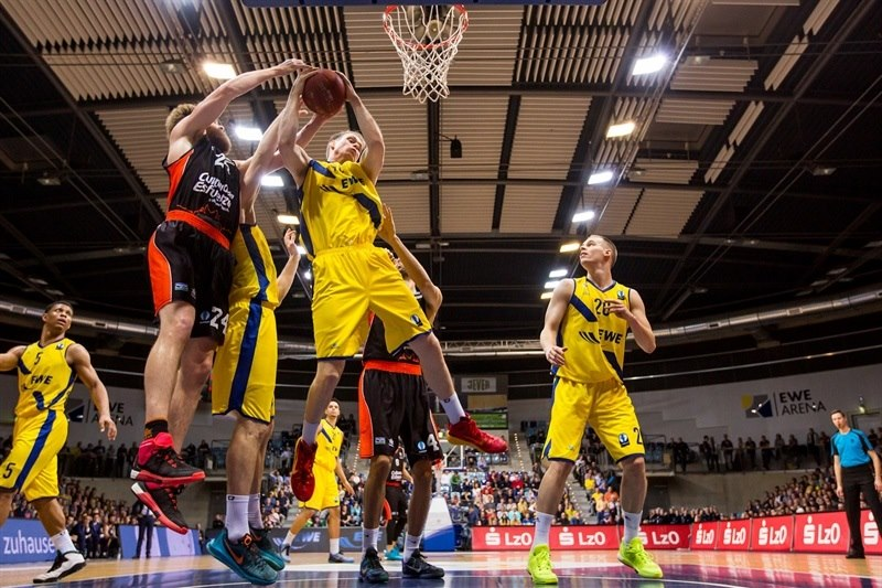 Robin Smeulders - EWE Baskets Oldenburg - EC15 (photo EWE - Ulf Duda-fotoduda.de)