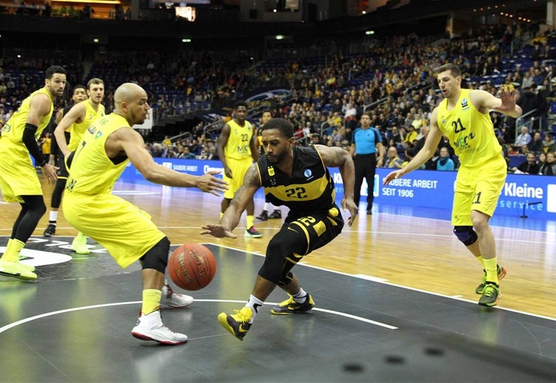 Jerel Mcneal - Aris Thessaloniki - EC15 (photo ALBA Berlin - Camera4)