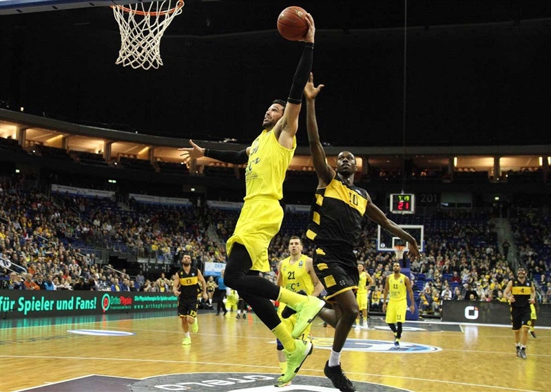 Mitchell Watt - ALBA Berlin - EC15 (photo ALBA Berlin - Camera4)
