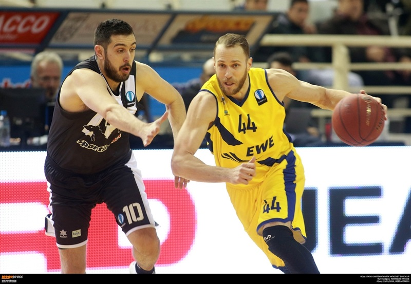 Vaughn Duggins - EWE Baskets Oldenburg - EC15 (photo PAOK - megapress - pavlosmakridis)