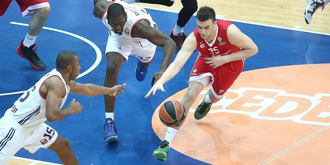 Top 16, Round 4 report: Cedevita Zagreb hold on to beat Efes at home