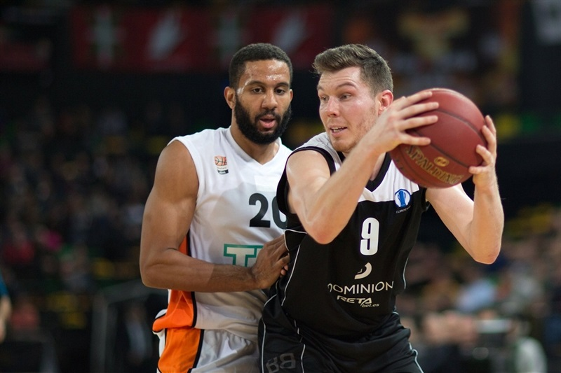 Dairis Bertans - Dominion Bilbao Basket - EC15 (photo Bilbao Basket - Aitor Arrizabalaga)