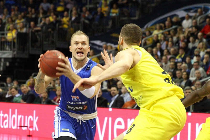 Martynas Mazeika - Neptunas Klaipeda - EC15 (photo ALBA Berlin - Camera4)
