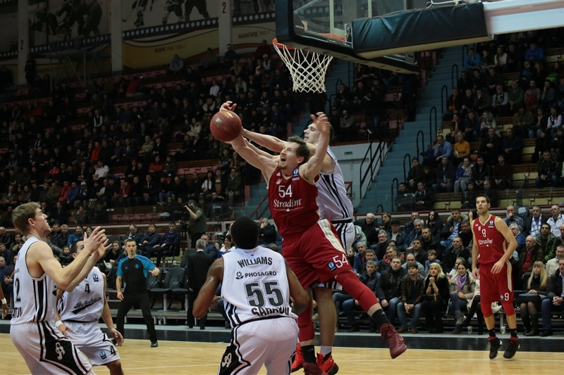 Matt Howard - Strasbourg - EC15 (photo Avtodor Saratov)