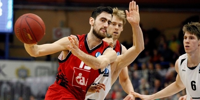 Valencia Basket inks forward Sastre