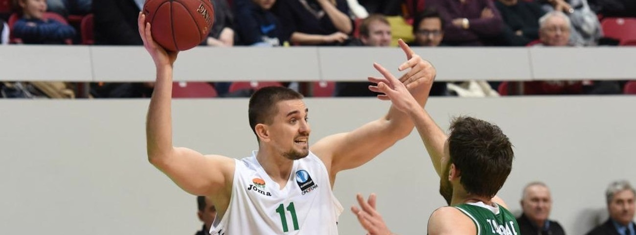 Khimki lands forward Likhodey