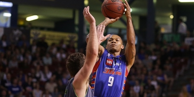 Zalgiris signs point guard Randle