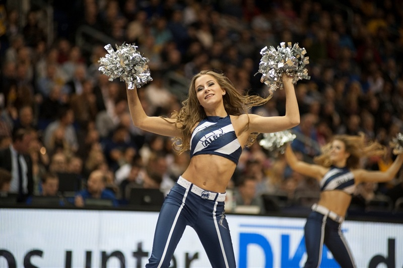 Cheerleaders - ALBA Berlin - EC15 (photo Patrick Albertini)