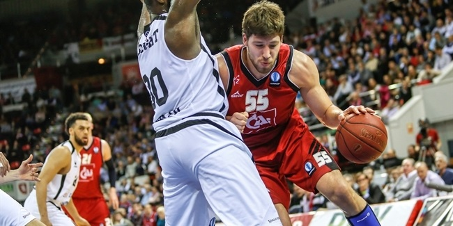 Valencia lands center Kravtsov