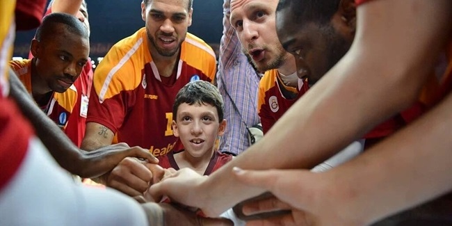 Galatasaray signs 9-year-old from One Team!