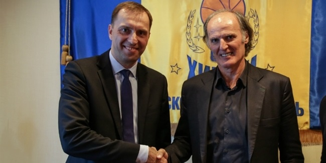 Khimki parts with Kurtinaitis, signs Ivanovic