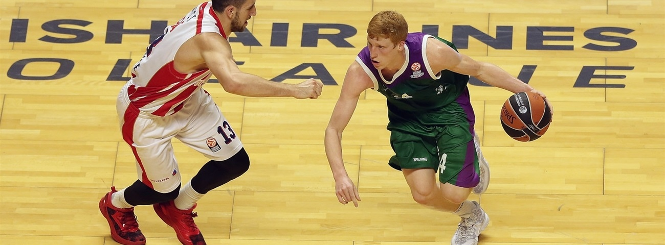 Unicaja keeps homegrown playmaker Diaz