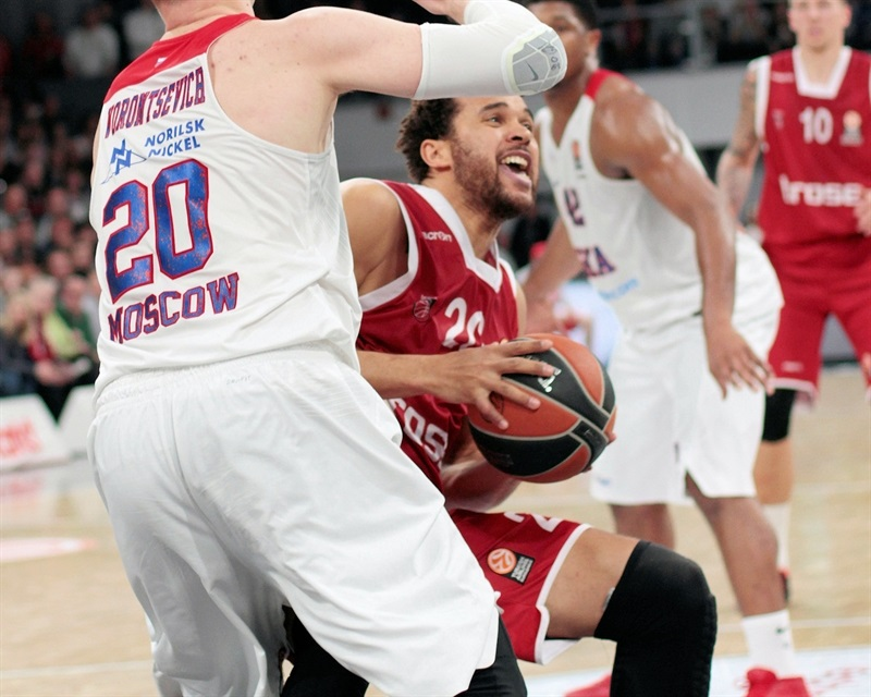 Elias Harris - Brose Baskets Bamberg - EB15