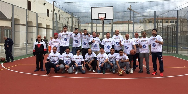 Sassari players bring One Team to prison inmates