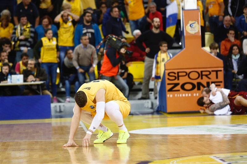 Alen Omic disappointed - Herbalife Gran Canaria Las Palmas - EC15 (photo Gran Canaria)