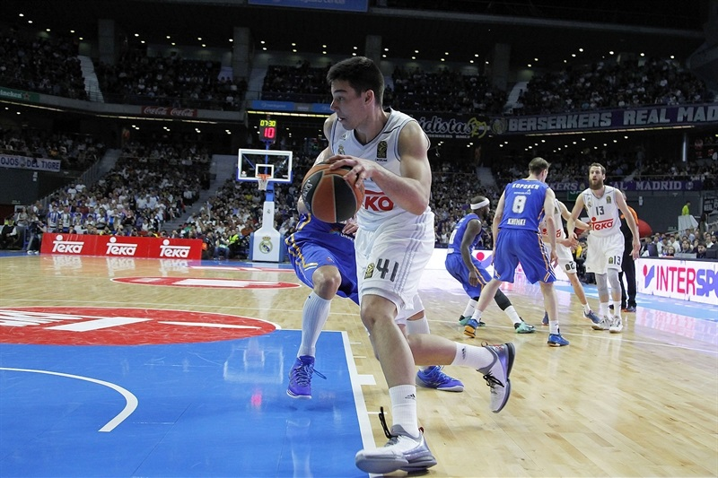 Willy Hernangomez - Real Madrid - EB15