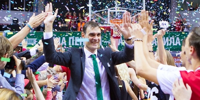 FC Barcelona Lassa appoints Bartzokas as head coach