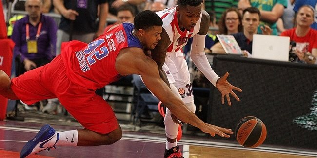 Best Defender Trophy: Kyle Hines, CSKA Moscow