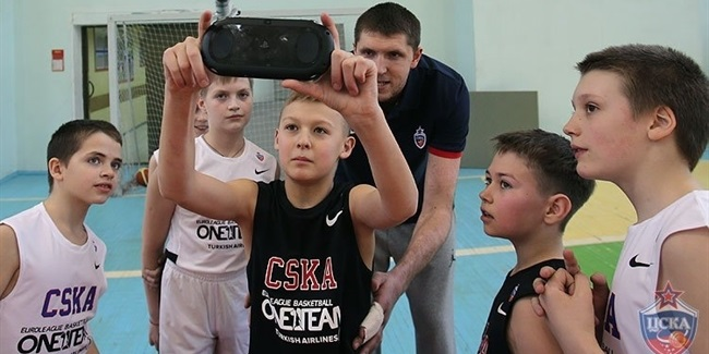 CSKA Moscow surprises One Team students with uniforms