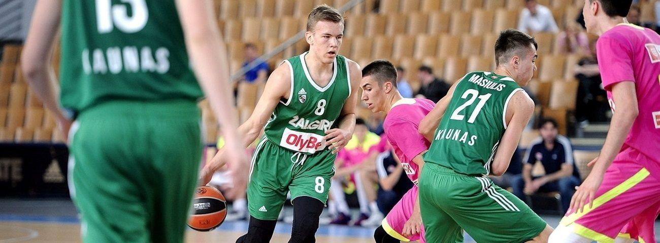 Velicka values insight from role model Jasikevicius