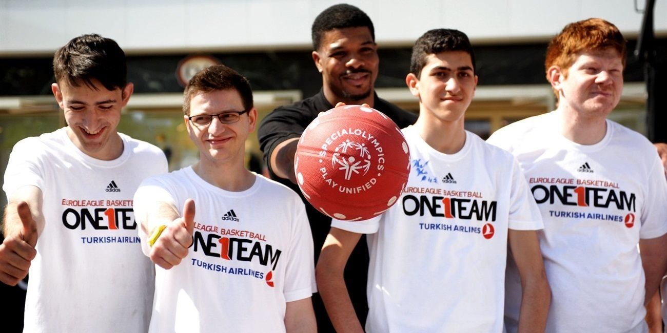 One Team session at Alexanderplatz ushers in Final Four weekend