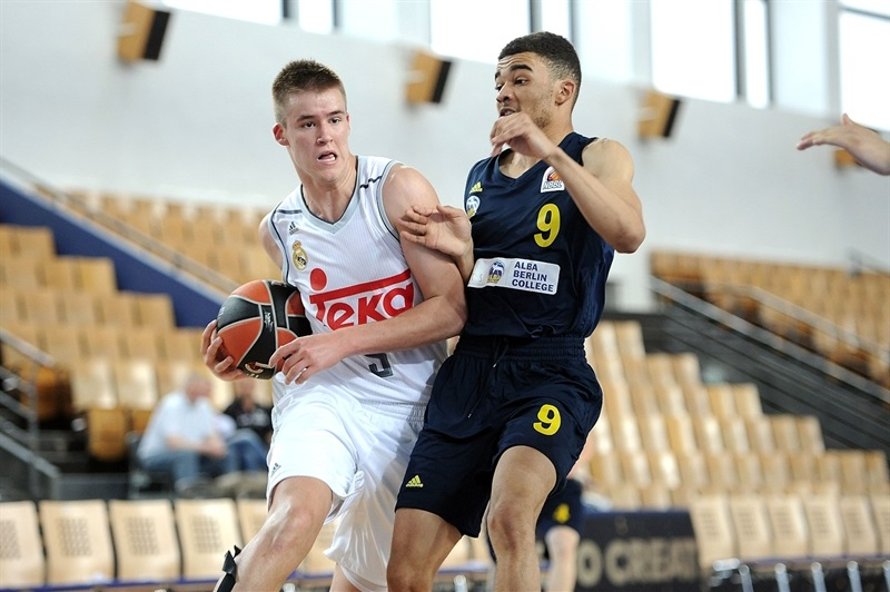 Dino Radoncic - U18 Real Madrid - Final Four Berlin 2016 - EB15