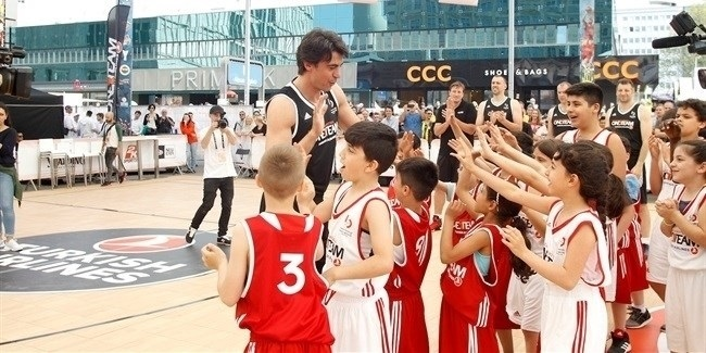 Kutluay continues building bridges for One Team as Euroleague Basketball Ambassador