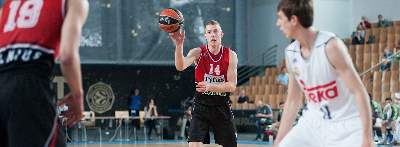 Lithuanian starlet Vasiliauskas in no hurry to leave home