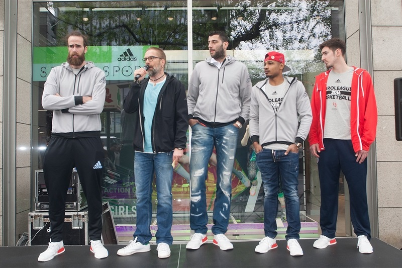Datome, Bourousis, Draper and De Colo in Adidas Trophy Tour at Adidas Store - Final Four Berlin 2016 - EB15