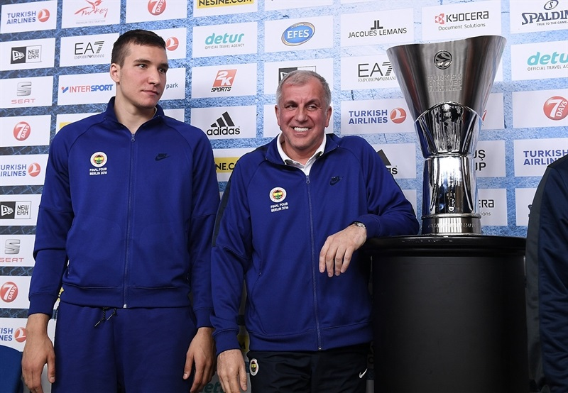 Bogdan Bogdanovic and Zeljko Obradovic - Championship game press conference - Final Four Berlin 2016 - EB15