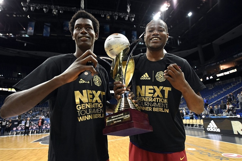 Mamadou Fall Diop and Atoume Diagne - U18 FC Barcelona Lassa champ ANGT Berlin 2016 - Final Four Berlin 2016 - EB15