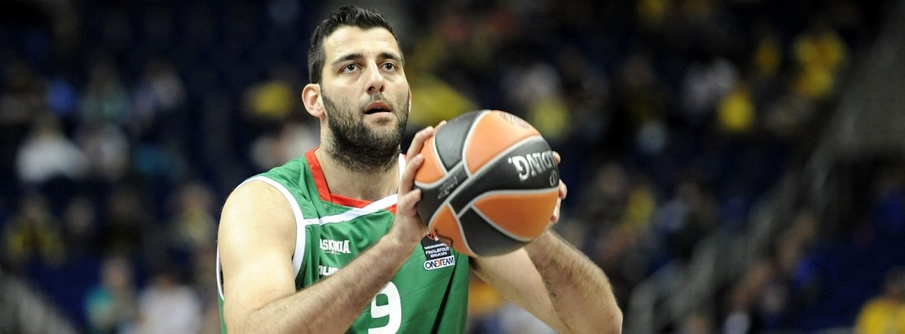 Panathinaikos lands All-EuroLeague center Bourousis